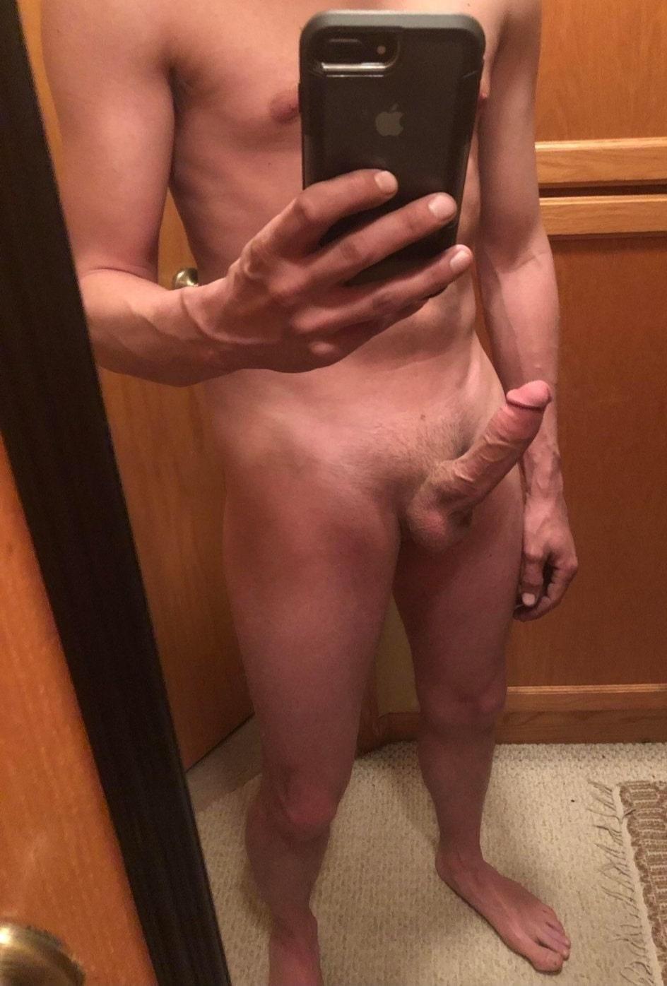 Nude cock selfie